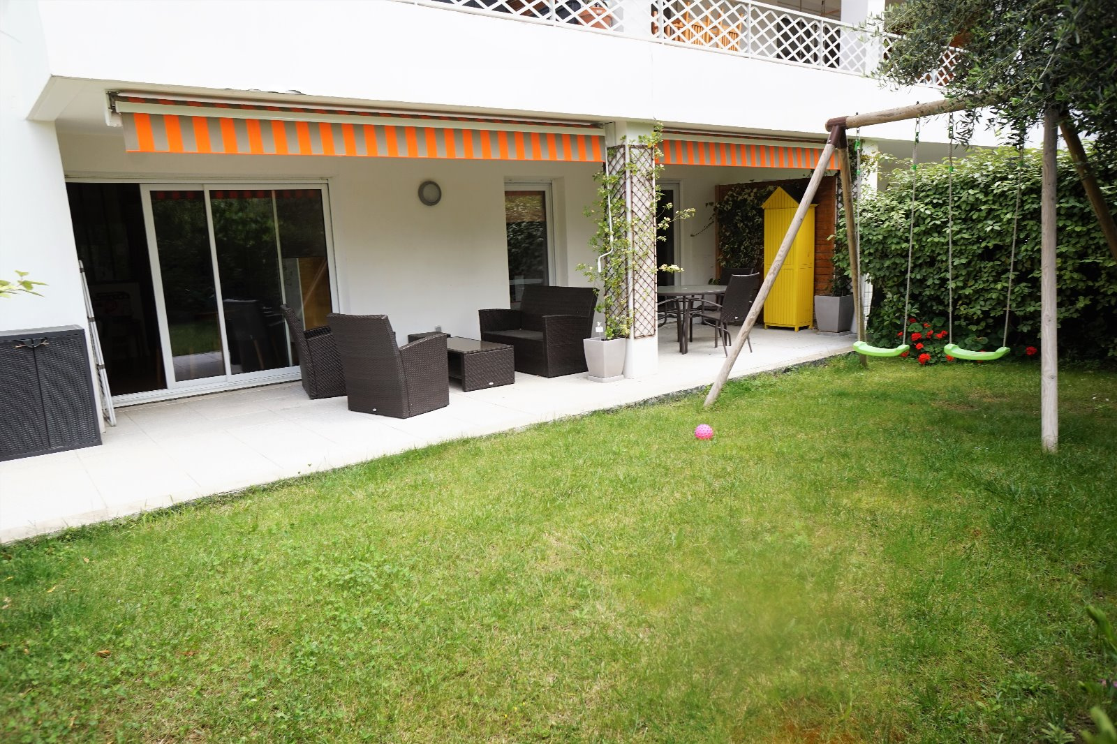 Vente rez de jardin t3 garage chateau gombert village for Garage marseille 13013