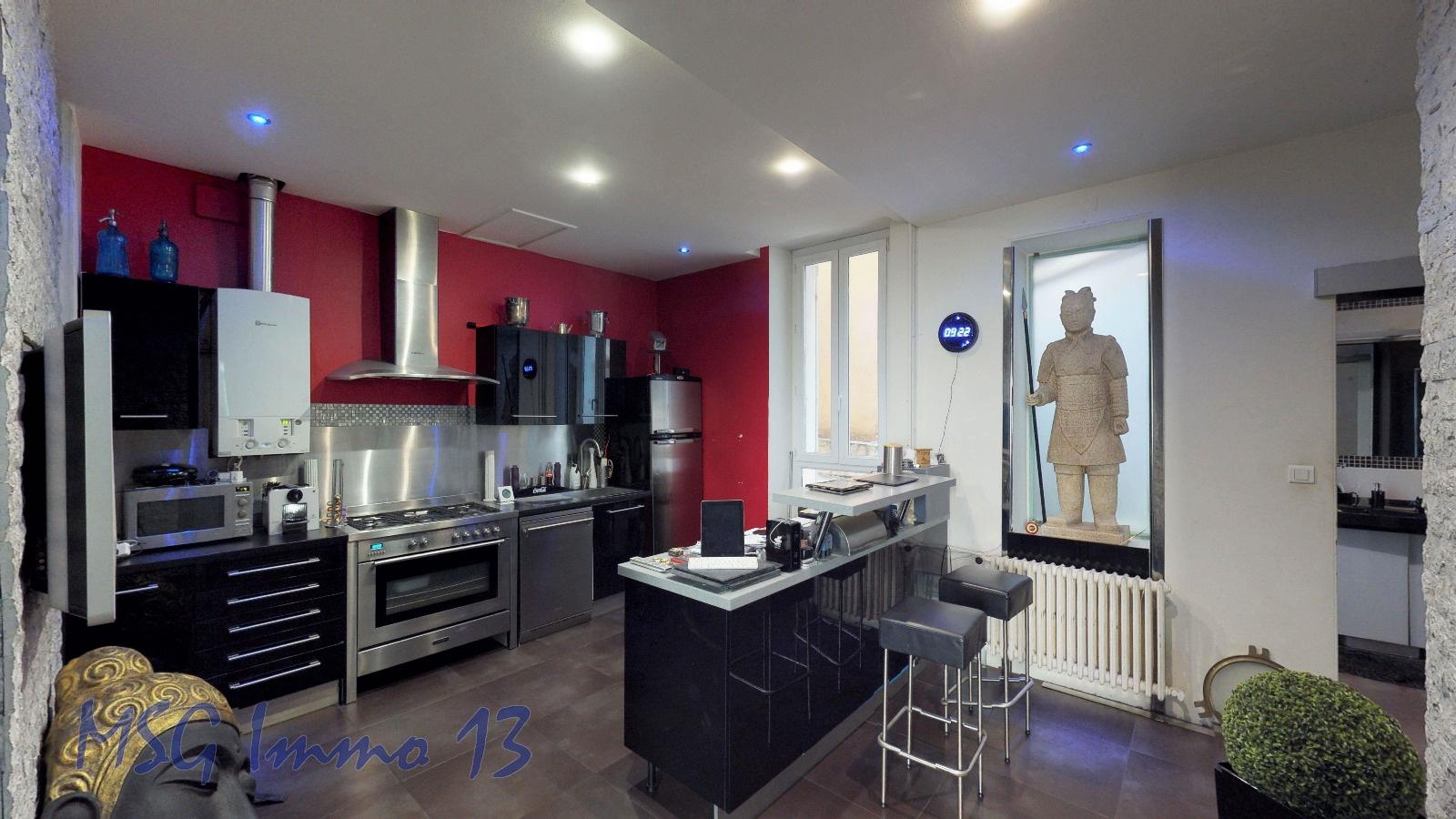 vente carre d 39 or haut de perier 13008 marseille. Black Bedroom Furniture Sets. Home Design Ideas