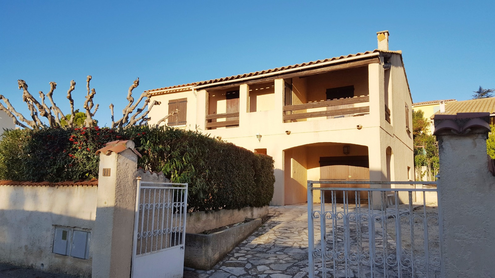 Vente chateau gombert village 13013 marseille villa t5 for Prix garage marseille